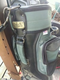 Top flight golf bag with northwestern clubs Ottawa, K1C 2R1