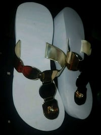 Brand New Gold and White platform Sandals size 5/6  Toronto, M4C 2G9