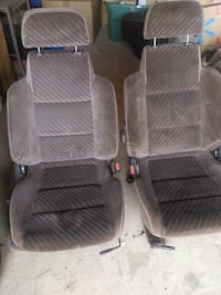Bucket seats Paris, 40361