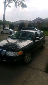 Ford - Crown Victoria - 2003 Bellwood