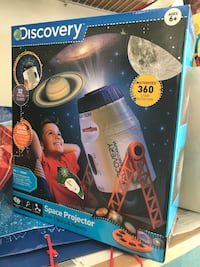 Brand new discovery space projector never opened Northbrook, 60062