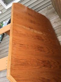 Dinning Table with 6 Chairs all solid wood in good condition  Edmonton, T6R 0L9