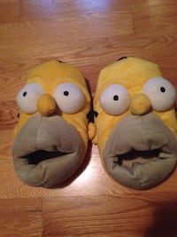 Homer Simpson slippers size 9