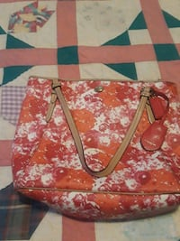 red and white floral tote bag Raytown, 64138