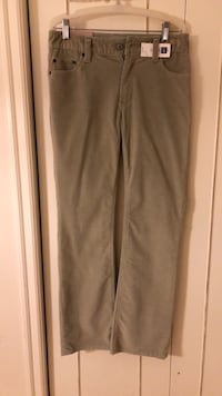 Brand New Gap Boot Cut Pant - Size 6 Reg