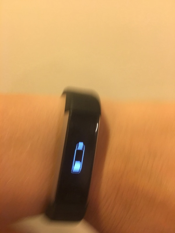 Fitbit Alta HR Heart Rate& Fitness Wristband 6bf5c285-cf95-4b51-b11a-7a050aebb6bf