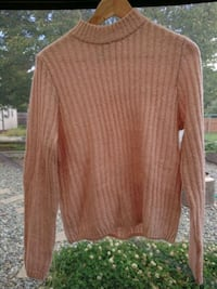 brown scoop-neck long-sleeved shirt Nanaimo, V9R 1S4