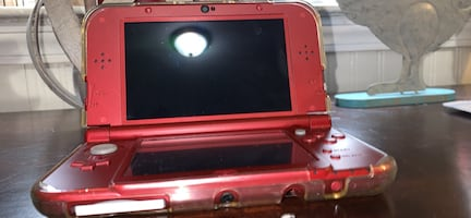 """""""New Nintendo 3DS"""" + Accessories (Offers Accepted)"""