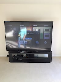 Black flat screen tv with remote Bristow, 20136
