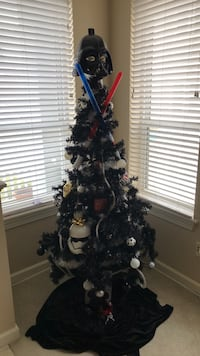 stae wars  christmas tree lights death star toys in tree included Virginia Beach, 23451