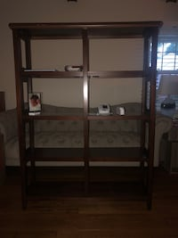 Mahogany Great quality wood bookshelf barely used Bethesda, 20817