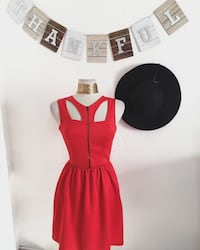 Red cutout dress  Los Angeles, 91402