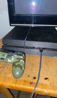 Game console ps4
