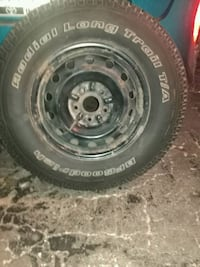 Toyota Tacoma 2 Tires / rim Cambridge, N1R 3N8