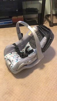 Evenflo babyseat