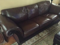 Brown leather 3-seat couch Saint Paul, 55105