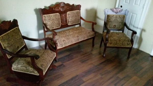 Used Early American Victorian 3pc Parlor For Sale In