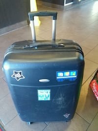 Suitcase 27 inches 4 wheels  Vancouver, V5T 3E5