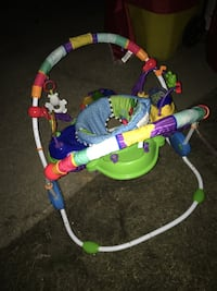 Baby jumperoo great condition only 35 Firm