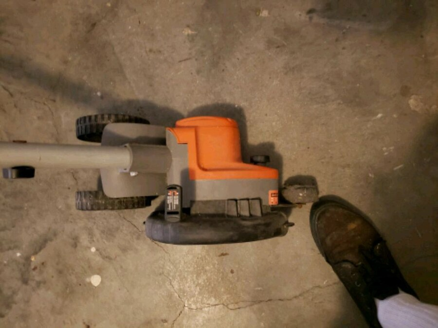 Photo Black and decker trimmer and edger