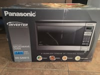 Microwave Panasonic 1.2 cubic ft Inverter Calabasas