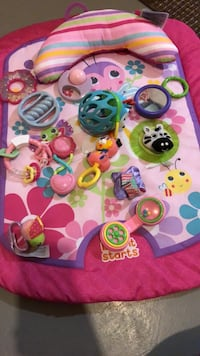 Baby mat with baby toys
