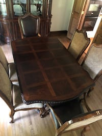 Dining Table and Chairs (WITH custom table pads) Johnstown, 15905
