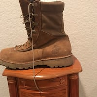 Brown leather boots with box