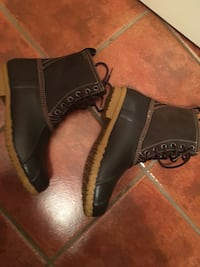 pair of brown leather boots Tucson, 85710