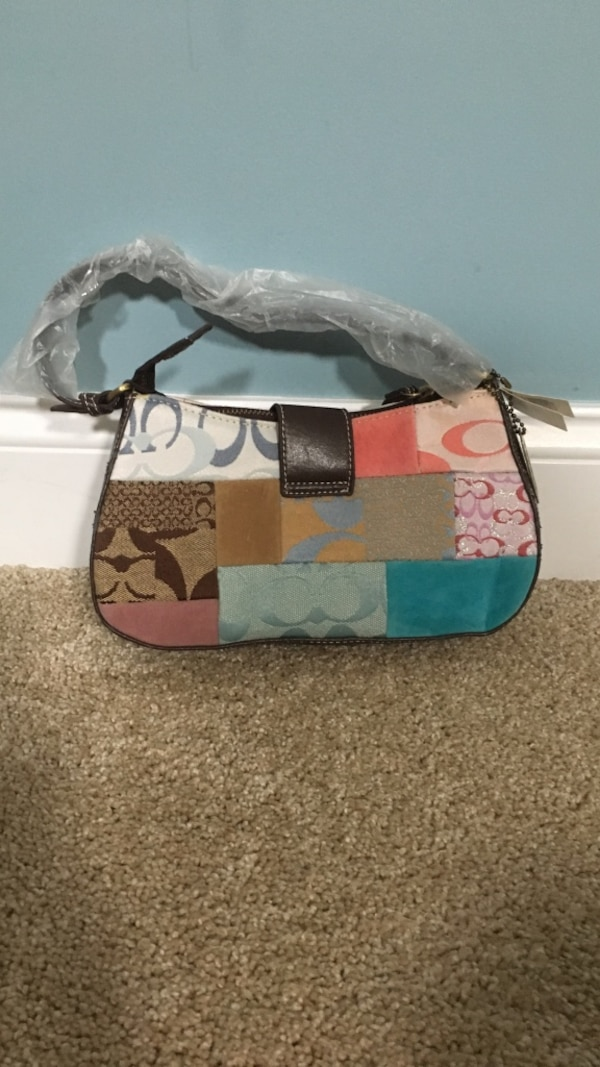 df0ed8fa6ee Used Brand new AUTHENTIC Coach Bag for sale in Chapel Hill - letgo