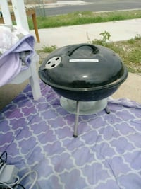 Small grill good condition  El Paso, 79930
