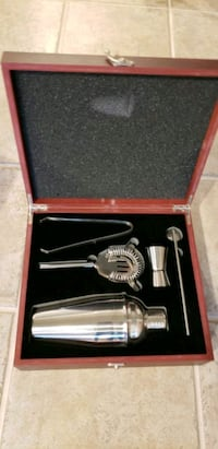stainless steel faucet in box Centreville, 20121