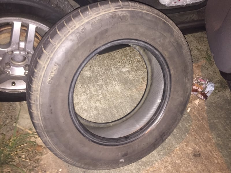 Great Tire almost like new 78880b80-a402-4f5a-832a-cd714362d725