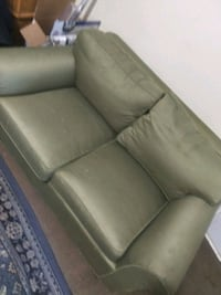 Couch good condition