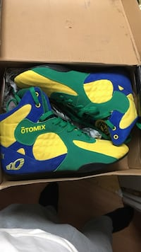Otomix stingray size 8 BRAND NEW NEVER WORN