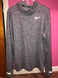 Nike Dri-Fit long sleeve  Middleburg Heights, 44130