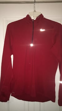 Red zip-up jacket Capitol Heights, 20743