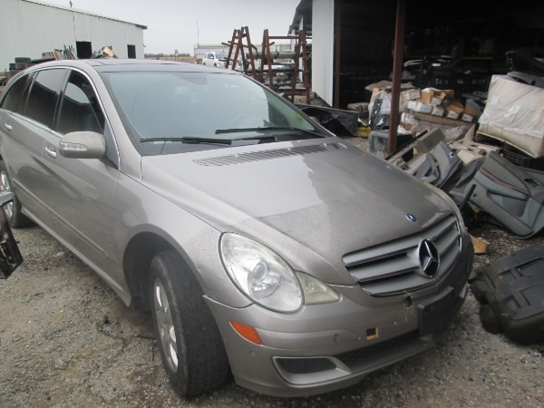 FOR PARTS A 2007 MERCEDES R320 CDI 4MATIC AWD DIESEL ENGINE 3 0 DOHC V6