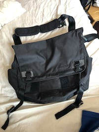 Brand new incase laptop shoulder bag Vancouver, V5V 1N3