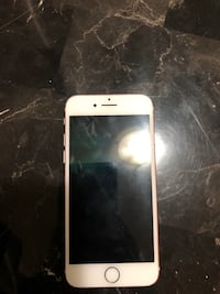 Iphone 7 rose gold 128 Gb Edmonton, T5E 2L3