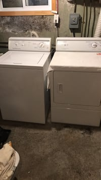 Washer/dryer set Laval, H7G 1X2