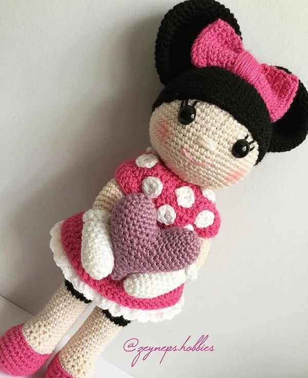 Ravelry: Minnie Mouse Amigurumi pattern by i crochet things | 736x600