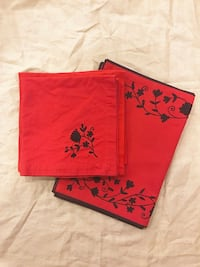 Crate & Barrel Red/Plum Placemats and Cloth Napkins Annapolis, 21403