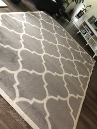 gray and white quatrefoil area rug Derwood, 20855