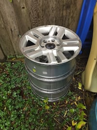 Ford F-150 6 bolt wheels X3 Langley