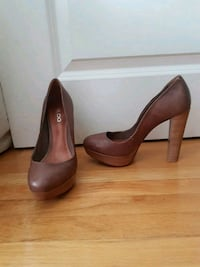 pair of brown leather platform stilettos Mississauga, L4X 1R3