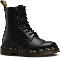 Dr. Martens - 1460 Original 8-Eye Boot