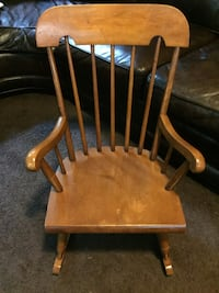 Childs brown wooden windsor rocking chair Stanwood, 98292