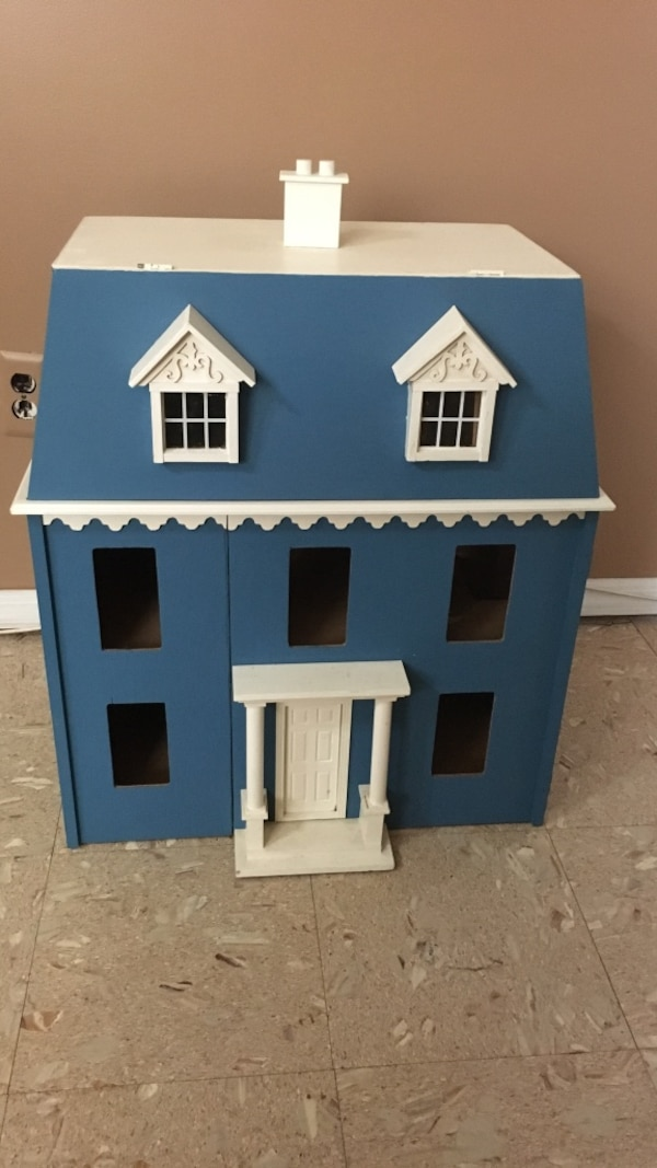 Concord miniatures doll house