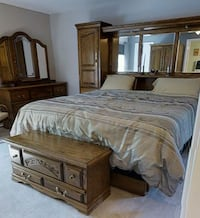 Complete 5 piece King Size bedroom set Ruskin